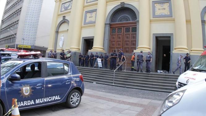 3cb8491278 Ataque em Catedral de Campinas