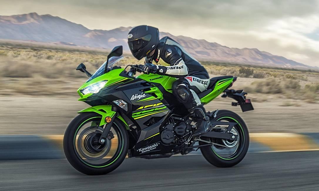 Kawasaki Ninja 400 Continua Verde Mas Ja Amadureceu Jornal O Globo