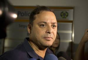 Prefeito de Niterói, Rodrigo Neves foi preso na Operação Alameda acusado de participar de esquema de propina com empresários do setor de transporte Foto: Márcia Foletto / Agência O Globo