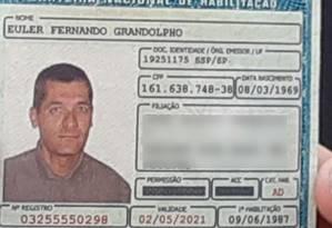Reprodução da carteira de habilitação do atirador que matou quatro pessoas na Catedral de Campinas Foto: Reprodução