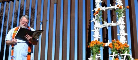 Nascido nos EUA, padre Pat Murphy dirige a Casa do Migrante em Tijuana Foto: Divulgação