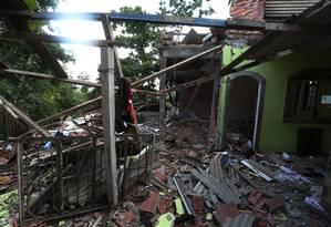 Casa fica totalmente destruída após explosão em São Gonçalo Foto: Fabiano Rocha / Agência O Globo