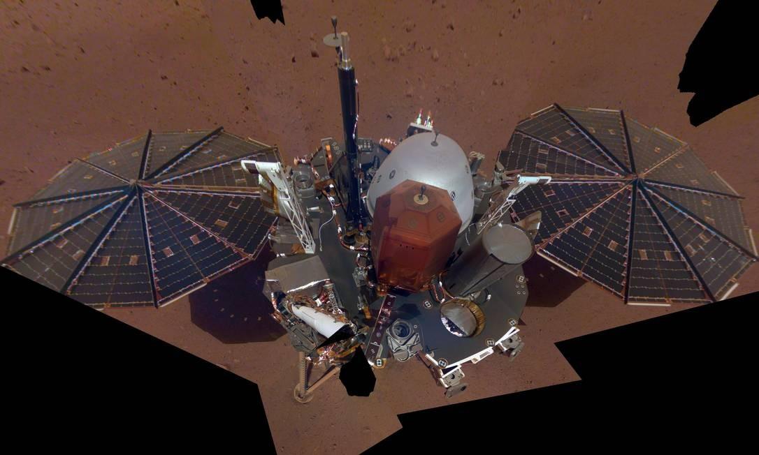 Sonda da Nasa tira primeira 'selfie' em Marte