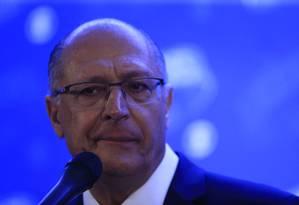Geraldo Alckmin no último debate entre candidatos à Presidência da República Foto: MARCELO THEOBALD / Agência O Globo