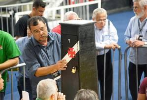 Eleição do Vasco foi marcada por fraude em sócios de urna 7 Foto: Clever Felix / Agência O Globo