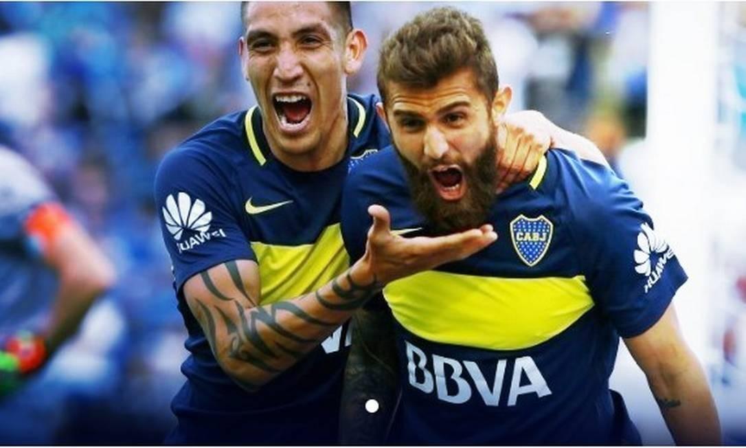 Peruzzi (à direita) comemora gol pelo Boca Juniors Foto: Divulgação/Boca Juniors
