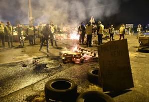 Protesto de coletes amarelos em Le Mans, França. Foto: JEAN-FRANCOIS MONIER / AFP