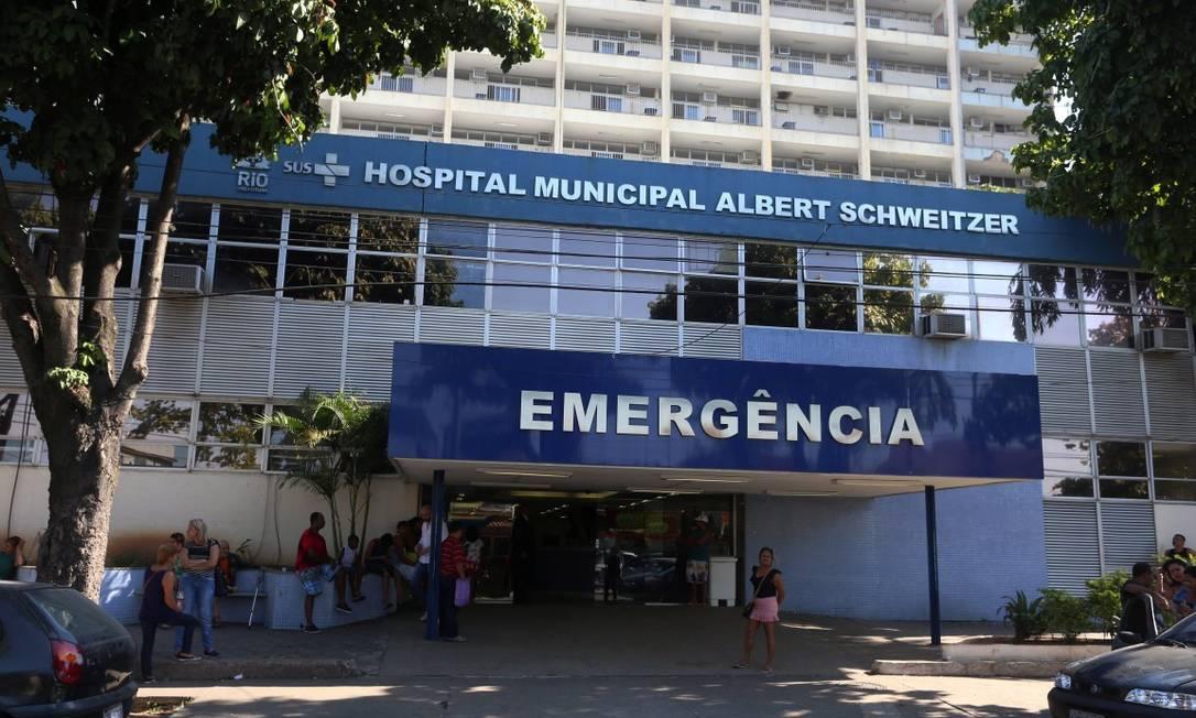 Fachada do Hospital Albert Schweitzer, na Zona Oeste do Rio Foto: Fabiano Rocha / Agência O Globo