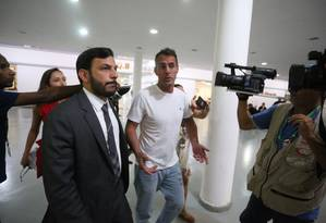 Marcello Siciliano chega à Cidade da Polícia Foto: Fabiano Rocha / Agência O Globo