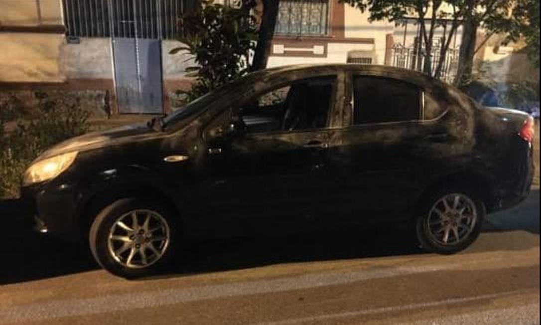 Veículo roubado foi recuperado na Rua Condessa Belmont, no Engenho Novo Foto: Divulgação/Polícia Militar