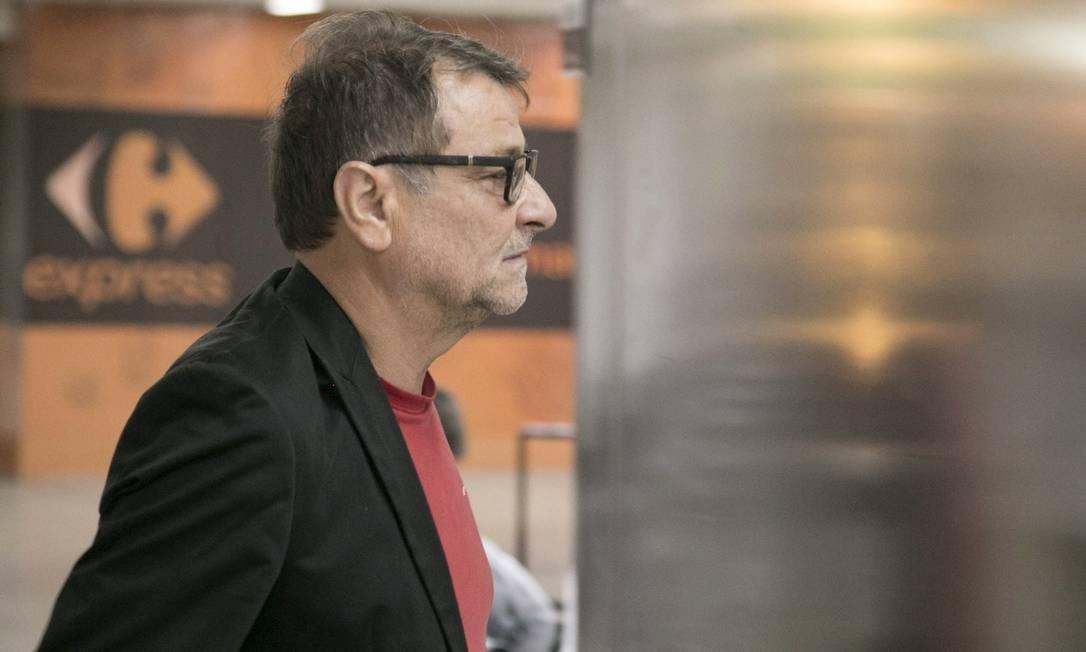 O italiano Cesare Battisti chegou a ser preso por tentar sair do país com dólares e euros, mas está em liberdade Foto: Uriel Punk / Photo Premium/Agência O Globo (07/10/2017)
