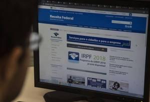 Site da Receita Federal para envio do Imposto de Renda Foto: Alexandre Cassiano / O Globo