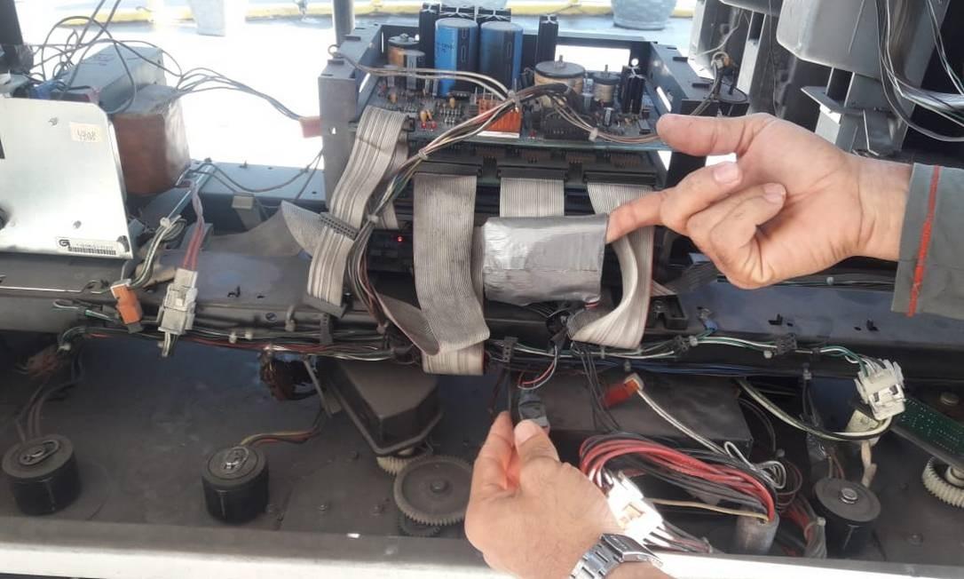 Fiscais suspeitam de adulteração em bomba de combustível Foto: Divulgação