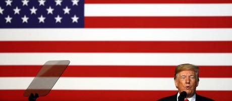 Os checadores do Washington Post realizaram uma pesquisa que mostrou que poucos americanos acreditam nas falsas afirmações de Donald Trump Foto: Jamie Squire / Getty Images North America/AFP