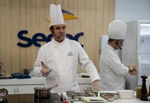 Evento em parceria com o Senac: Frederic Monnier, chef da Brasserie Rosário e embaixador do Senac Foto: Adriana Lorete / Agência O Globo