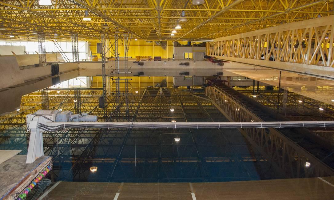 O tanque do Laboratório de Tecnologia Oceânica: agora, além de ondas e ventos, estrutura poderá simular correntes marinhas Foto: / Divulgação