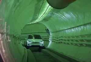 Na noite de terça-feira, a Boring Co. abriu oficialmente o túnel Hawthorne, uma prévia da opção idealizada por Elon Musk para facilitar o tráfego de Los Angeles Foto: ROBYN BECK / AFP