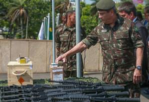 Intervenção Federal empenhou 66,56% de R$ 1,2 bilhão repassados à segurança do Rio pelo Governo Federal Foto: Marcelo Regua / Agência O Globo