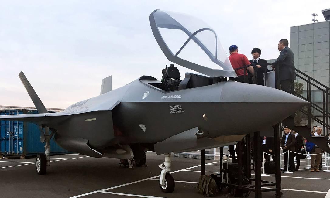 Modelo do caça F-35 é exibido em exposição internacional em Tóquio Foto: Timothy Kelly / REUTERS
