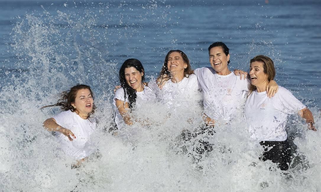 Marta Isaksen, Paula Castellões, Georgia Buffara, Cristine Ferracciu e Andrea Sang: onda de amor Foto: Ana Branco/Agência O Globo