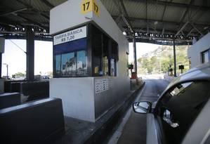 Cabine de pedágio na Linha Amarela Foto: Alexandre Cassiano / Agência O Globo