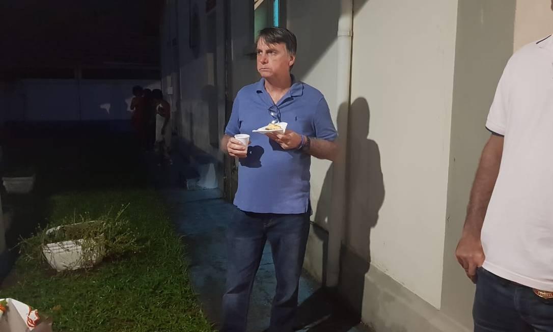 Bolsonaro participa de ceia, ao lado de familiares Foto: Divulgação