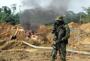 Ibama faz operação em garimpo da área indigena Kayapó, no Pará Foto: Divulgação