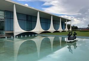 Palácio da Alvorada, residência do presidente da República Foto: Adriana Mendes / O Globo