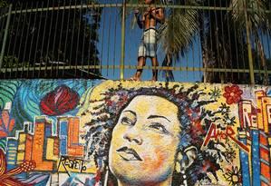 Grafites próximo ao local do assassinato de Marielle Franco Foto: Pablo Jacob / Agência O Globo