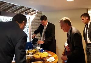 inter - Presidente eleito do Brasil, Jair Bolsonaro, se reúne com conselheiro de Segurança Nacional dos EUA, John Bolton. Foto: Divulgação / Assessoria de Imprensa de Jair Bolsonaro Foto: Agência O Globo