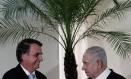 Bolsonaro e o premier israelense em encontro no Forte de Copacabana Foto: LEO CORREA/POOL / REUTERS