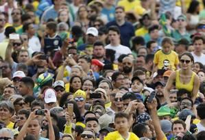 Público presente na Esplanada dos Ministérios para acompanhar a posse de Jair Bolsonaro Foto: Jorge William / Jorge William