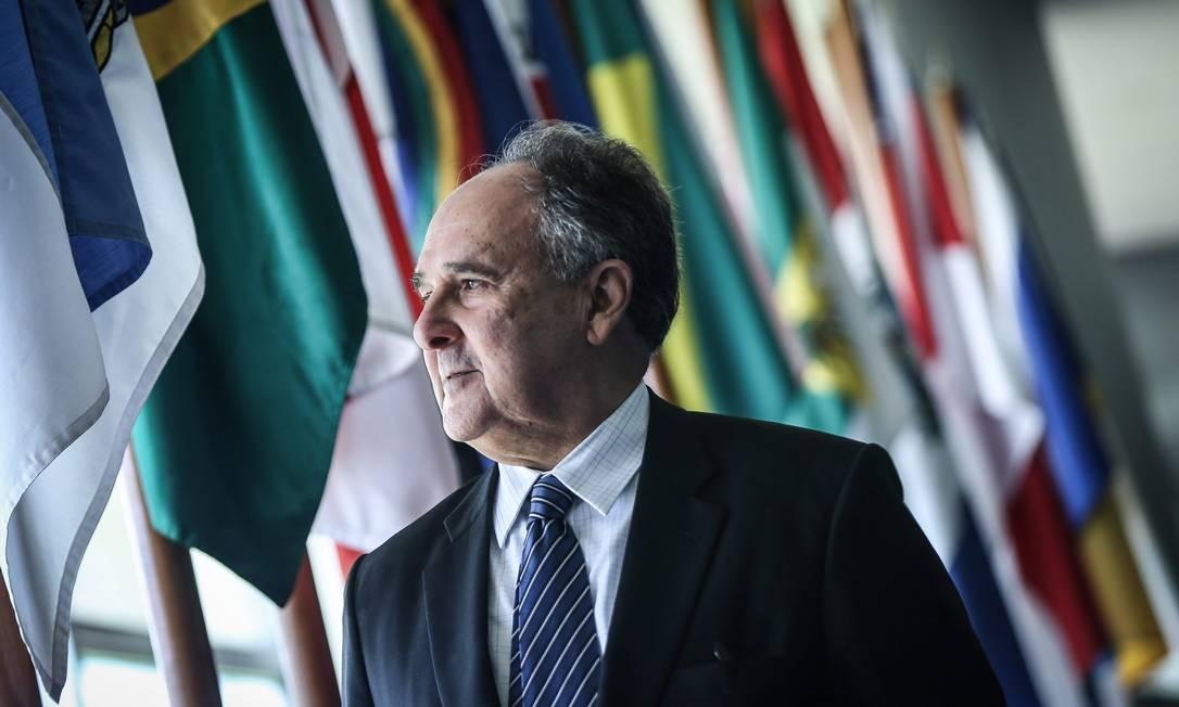 O senador Cristovam Buarque (PPS) . Foto: André Coelho / O Globo