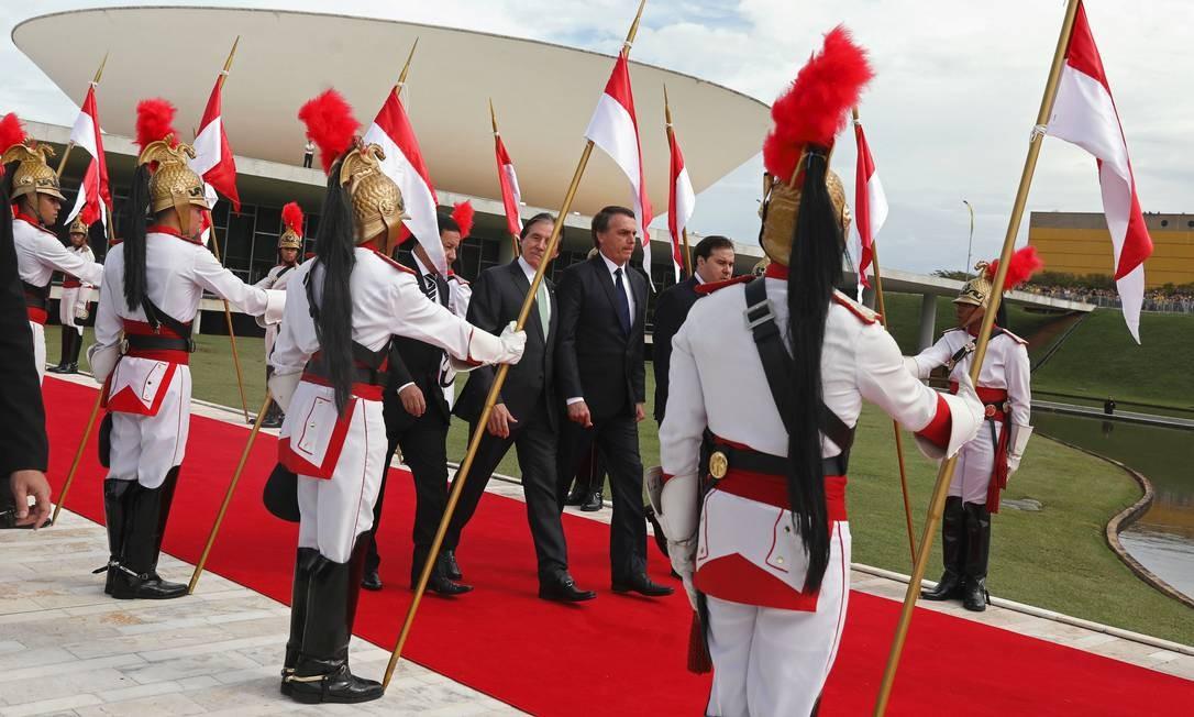 O presidente Jair Bolsonaro deixa o Congresso Nacional após sessão solene da posse Foto: PILAR OLIVARES / REUTERS