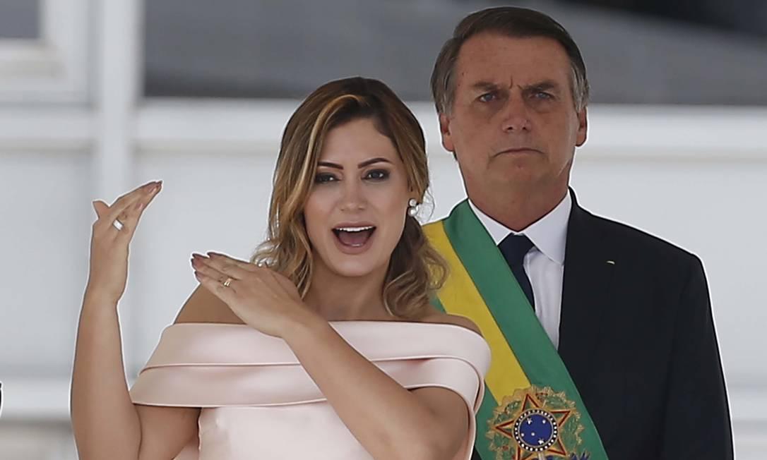 Na cerimônia de posse, a primeira-dama, Michelle Bolsonaro, chamou a atenção ao fazer um discurso em libras no parlatório, antes de Bolsonaro Foto: Jorge William / Agência O Globo