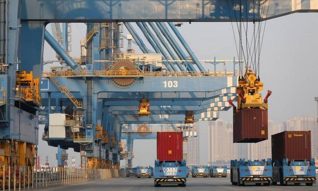 Encomendas de exportação e domésticas continuaram a enfraquecer Foto: Reuters