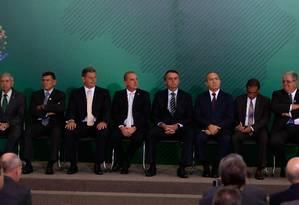 Jair Bolsonaro participou da transmissão de cargo dos quatro ministros que trabalharão diretamente com ele no Planalto Foto: Pablo Jacob / Agência O Globo