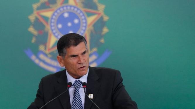 O ministro da Secretaria de Governo, Carlos Alberto Santos Cruz durante entrevista 02/01/2019 Foto: Pablo Jacob / Agência O Globo