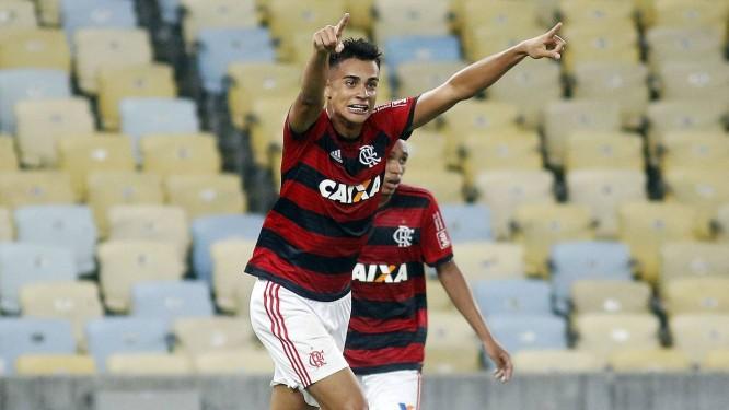 Reinier é um dos destaques da base do Flamengo Foto  Staff Images Flamengo  2a79a8747b142