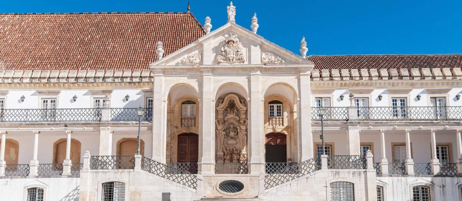 Com 728 anos de história e atmosfera multicultural, a Universidade de Coimbra proporciona uma experiência acadêmica rica e cosmopolita Foto: Thinkstock Photos