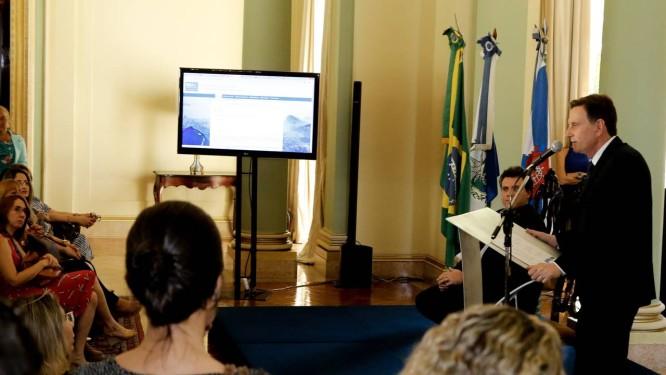 O prefeito Marcelo Crivella durante o lançamento do Portal Foto: Divulgação/Prefeitura do Rio