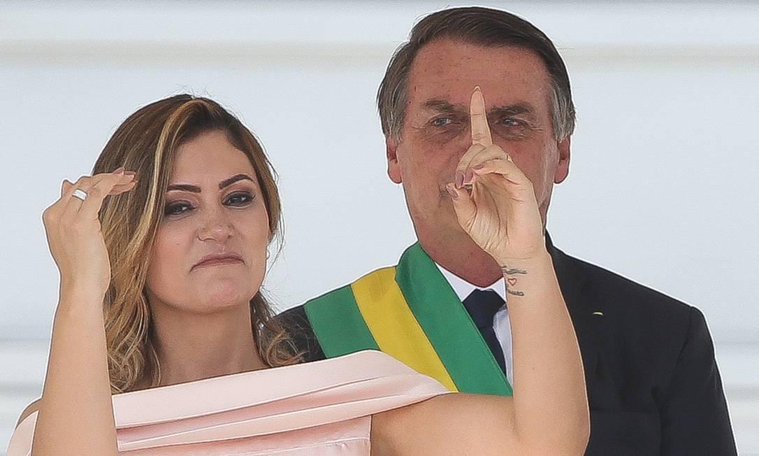 A primeira-dama Michelle Bolsonaro quebrou o protocolo e discursou em Libras, a Língua Brasileira de Sinais Foto: Sergio Dutti / ÉPOCA