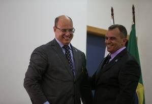 Governador Wilson Witzel assina a posse de Marcus Vinicius Braga como secretário de Polícia Civil do Rio Foto: Roberto Moreyra / Agência O Globo