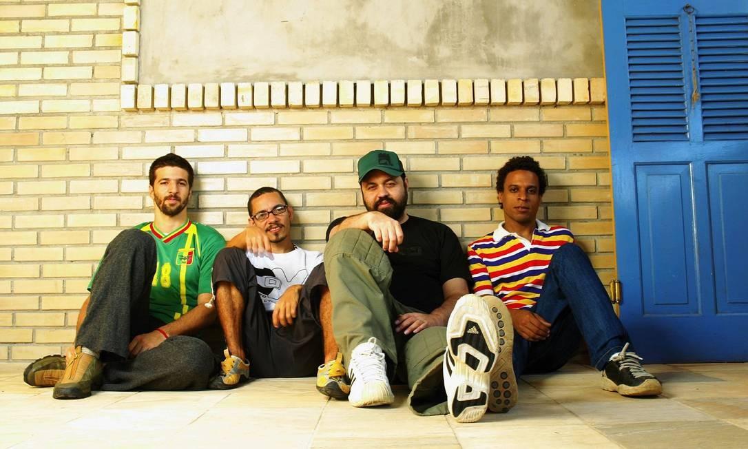 Em 2005, lançou um disco com sua nova banda, o FURTO, sem alcançar o mesmo sucesso da época do Rappa Foto: Camilla Maia / Agência O Globo