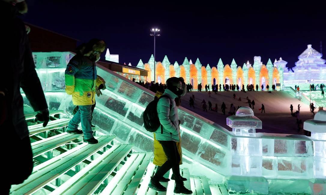O festival de gelo da cidade, que fica no Nordeste da China, está entre os quatro maiores do mundo Foto: Tyrone Siu / Reuters