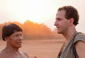 Carlos Fausto, antropólogo professor no Museu Nacional, em tribo indígena Foto: Isabel Penoni / Arquivo pessoal
