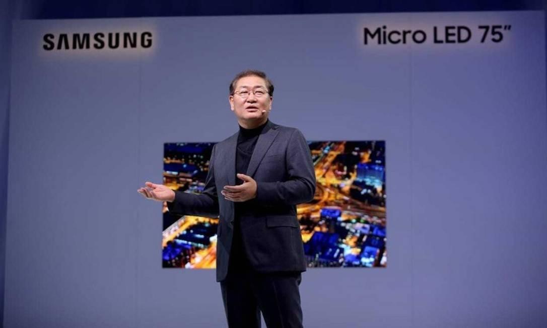 JH Han, presidente de Telas da Samsung Electronics: objetivo é que a TV seja o centro da inteligência artificial e que controle todos os produtos Foto: / Bruno Rosa