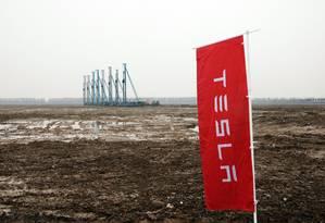 Terreno onde Musk vai construir a sua fábrica chinesa Foto: Qilai Shen / Bloomberg