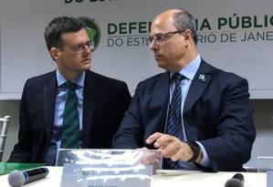 Witzel (à direita) e Pacheco: Traficantes de drogas não têm piedade, diz governador Foto: Divulgação / Governo do estado