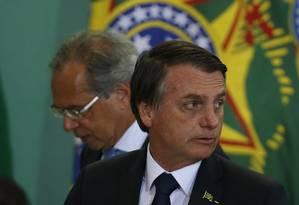 O presidente Jair Bolsonaro e o ministro da Economia, Paulo Guedes Foto: Jorge William / Agência O Globo